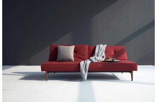 Kauč SPLITBACK SOFA BED sa tamno stileto drvenim nogicama