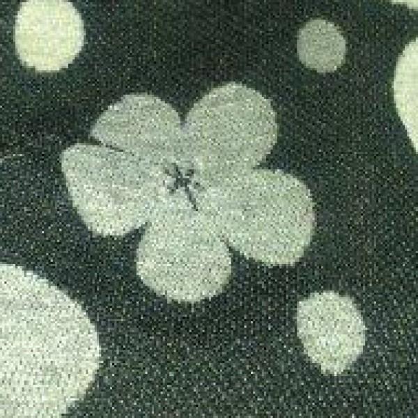 Uzorak: crno cvijeće