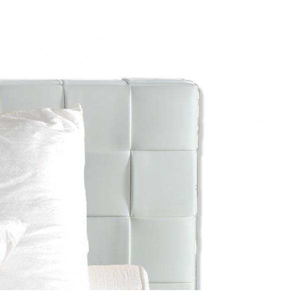 Krevet Queen: uzglavlje